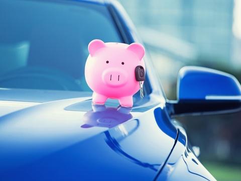5 easy tricks to improve gas mileage.