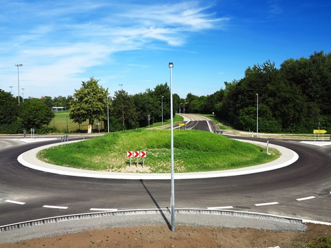 How to Navigate Roundabouts in The Villages®.